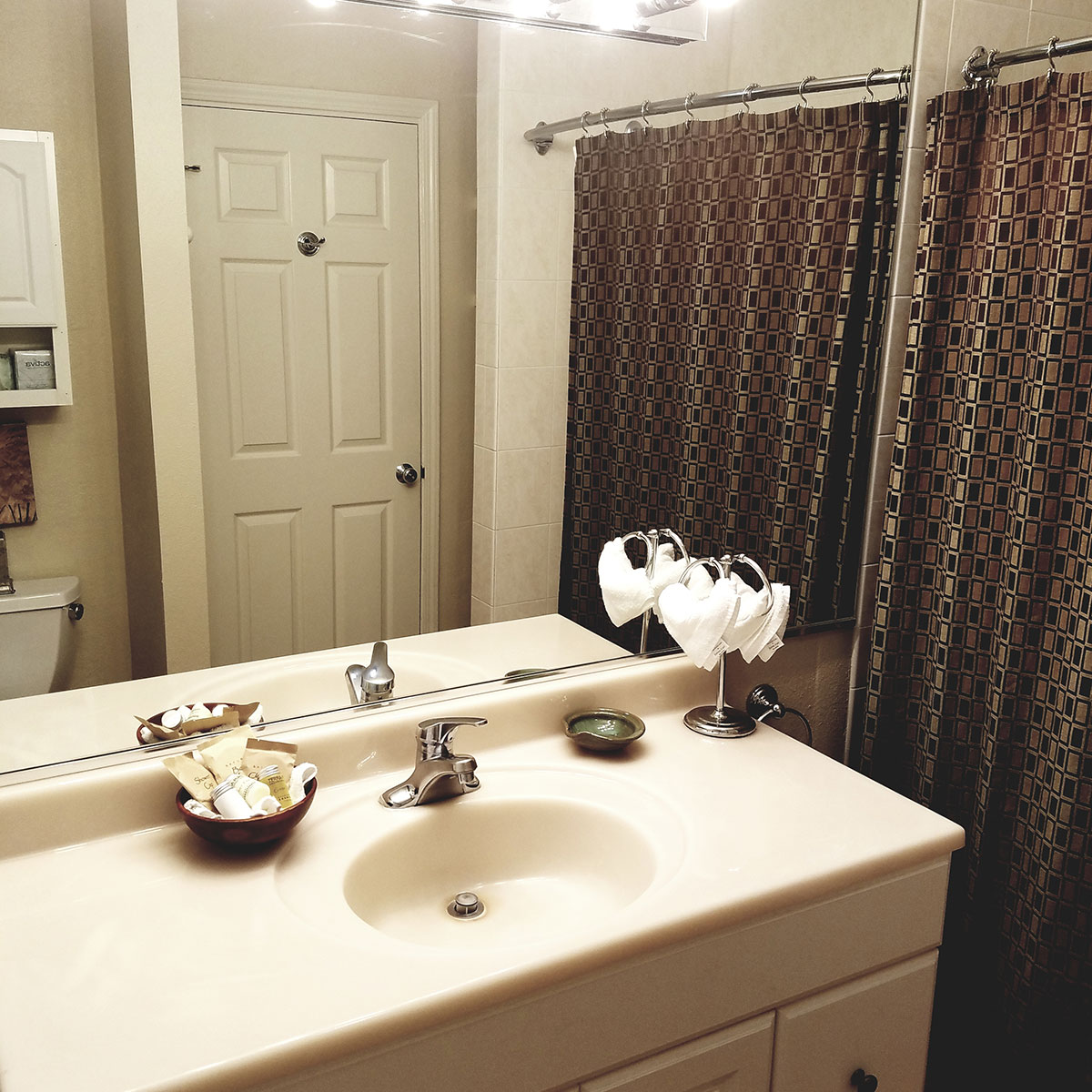 executive-bathroom