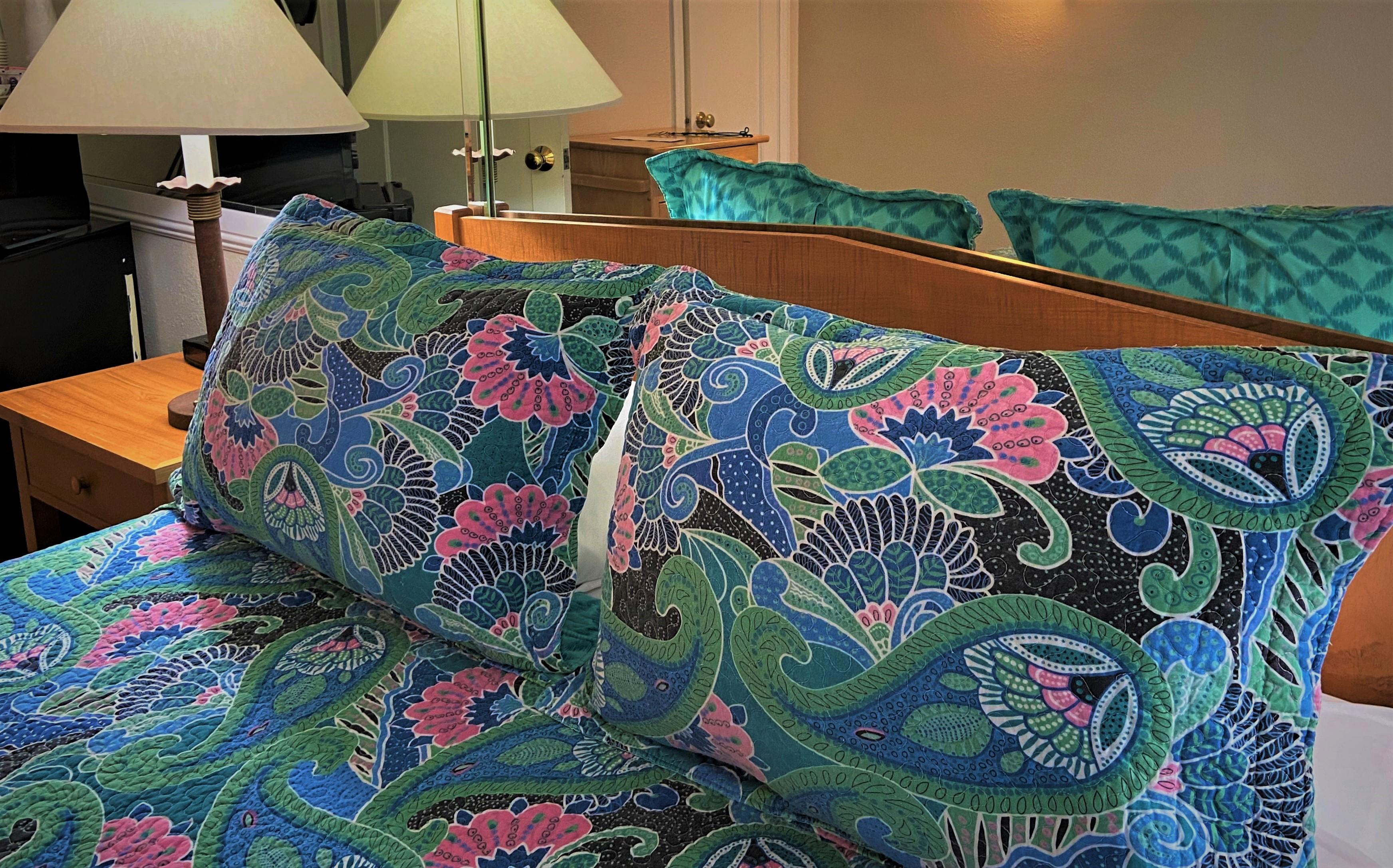 Standard Deluxe room - Los Gatos Garden Inn Hotel
